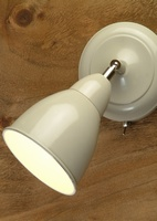 Chiswick Wall Lamp in Clay